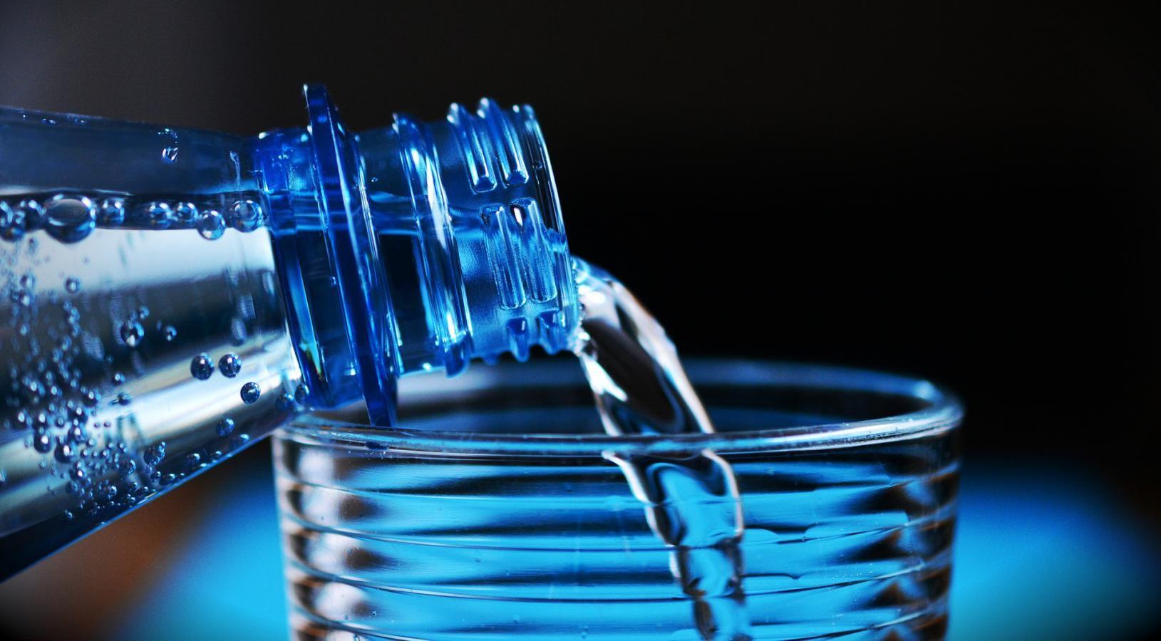 eau minérale pure