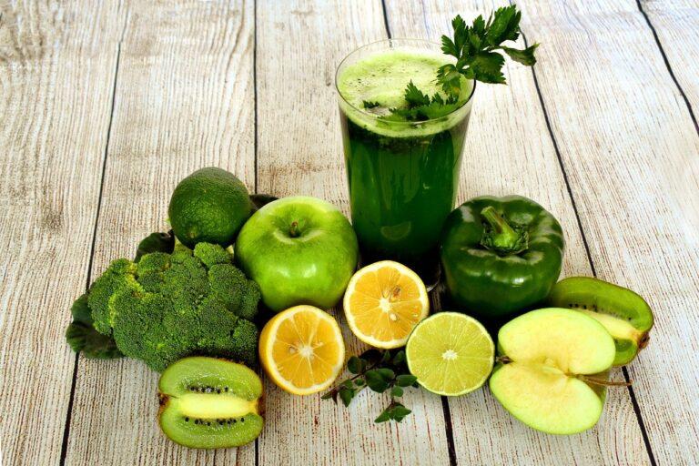 Boisson detox : 4 recettes pour se détoxifier, brûler les graisses et réduire le stress